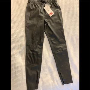 St.John Women's Pants NWT